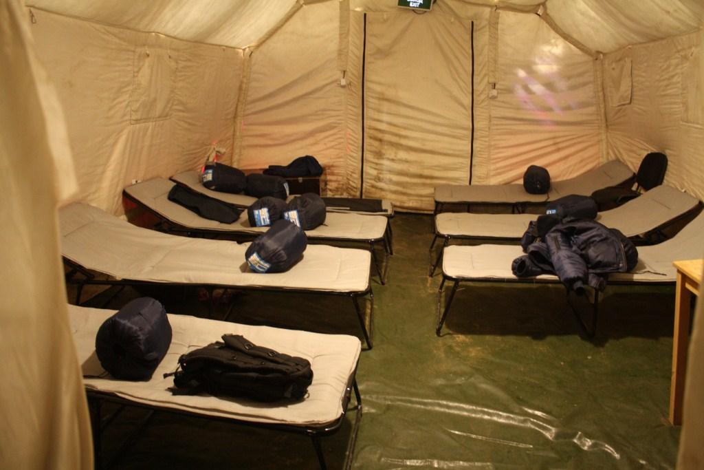 пневмокаркасная палатка 9